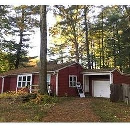 15 Capewell Dr, Bloomfield, CT 06002