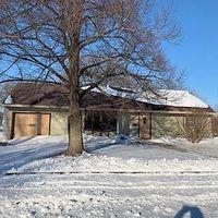 105 W Harold St, Crofton, NE 68730