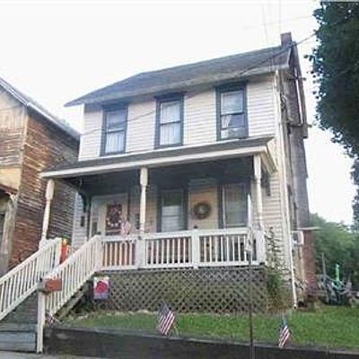 139 W Central Ave, Bangor, PA 18013