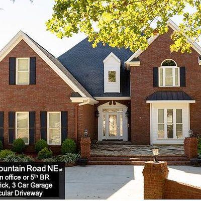 3995 High Mountain Rd Ne, Huntsville, AL 35811