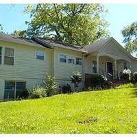 219 Edgewood Ave, Talladega, AL 35160