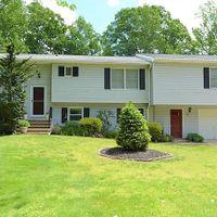 38 Oak Branch Rd, East Windsor, NJ 08512
