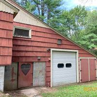 254 Exeter Rd, Epping, NH 03042