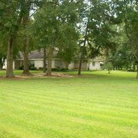 4 Eagle Heights Dr, Picayune, MS 39466
