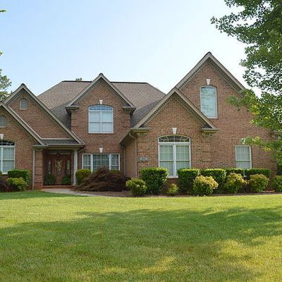 164 Spring Forest Dr, Statesville, NC 28625