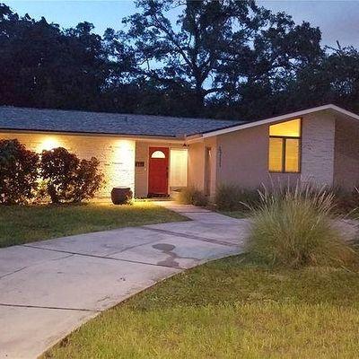 4711 W Estrella St, Tampa, FL 33629