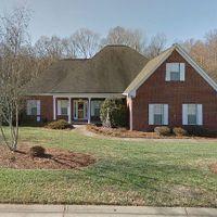 134 Oak Leaf Ln, Lewisville, NC 27023