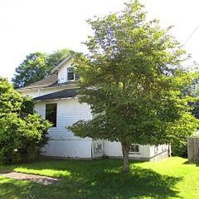 1556 6th St, Astoria, OR 97103