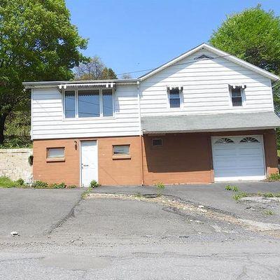 20 Spring Hill Rd, Lehighton, PA 18235