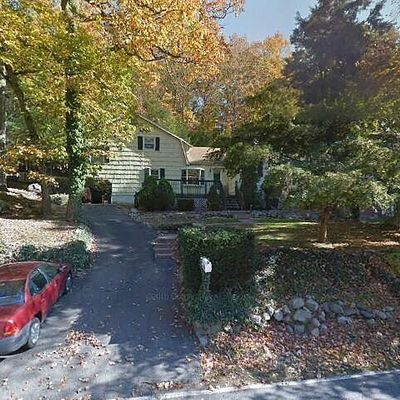 324 Skyline Lakes Dr, Ringwood, NJ 07456