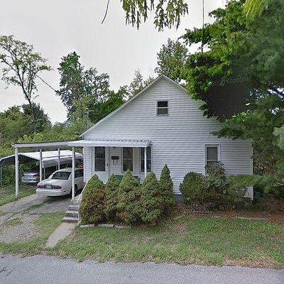 631 North 11th Street, Murphysboro, Il, Carbondale, IL 62901