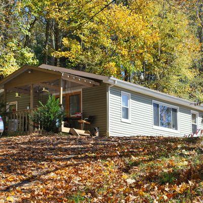 990 Old Bristol Rd, Boone, NC 28607