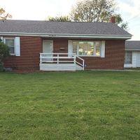 152 S Pleasant Ave, Galesburg, IL 61401