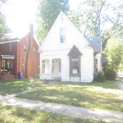 1673 N Union St, Decatur, IL 62526