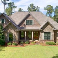 318 Tanglewood Dr, Moultrie, GA 31768