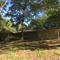 302 Waverly Wood Ln, Helena, AR 72342