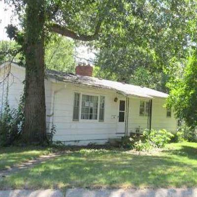 958 Maxwell Ave, Monticello, IN 47960