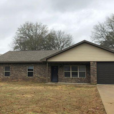 213 E Rowe Ave, Longview, TX 75605