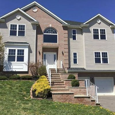 8 Jacob Way, Phillipsburg, NJ 08865