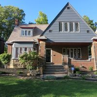 3031 Euclid Heights Blvd, Cleveland Heights, OH 44118