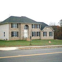 5 Carrie Ln, Monroe Township, NJ 08831