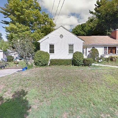 47 Irving St, Spencer, MA 01562