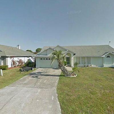 105 Honeywood Ct, Kissimmee, FL 34743