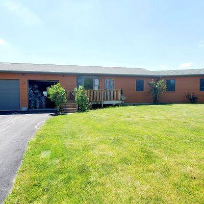 2151 145th Ave, Manchester, IA 52057