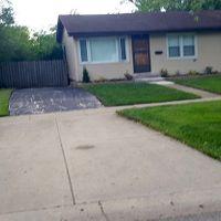 416 S Oltendorf Rd, Streamwood, IL 60107