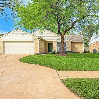 10518 Ivy Oaks Ln, Houston, TX 77041