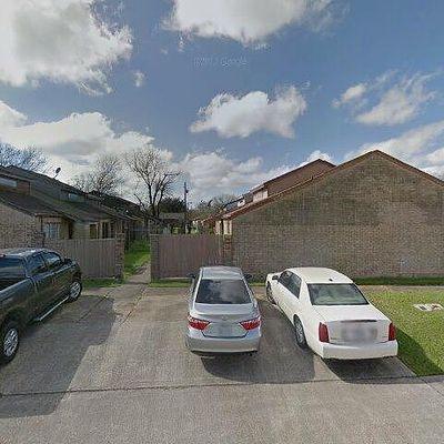 811 Buchta Rd #C, Angleton, TX 77515