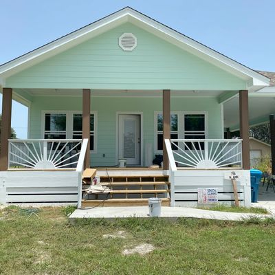 718 N Anne, Rockport, TX 78382