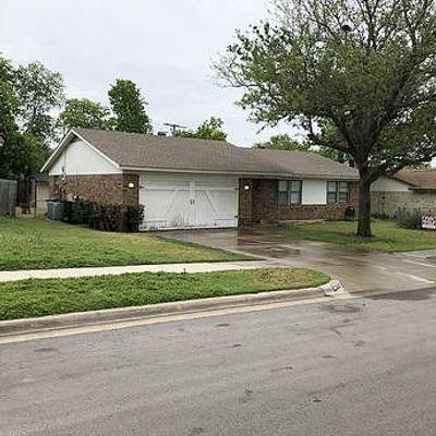 6049 Hillcrest Dr, Watauga, TX 76148