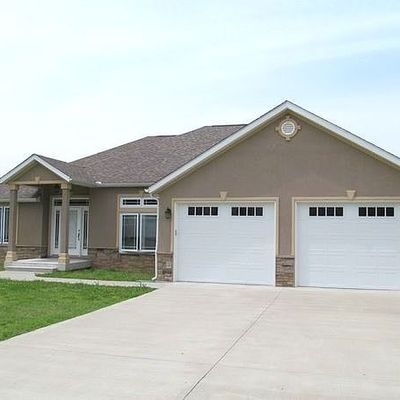 114 Parkview Dr, Scott City, MO 63780