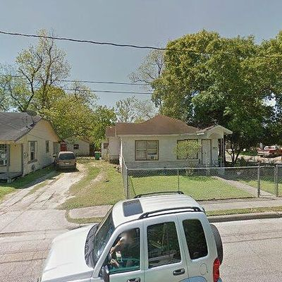 101 E James St, Baytown, TX 77520