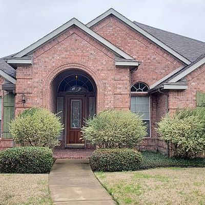1602 Summit Ridge Dr, Garland, TX 75043