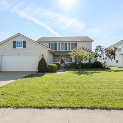 1712 Waterford Dr, Bowling Green, OH 43402