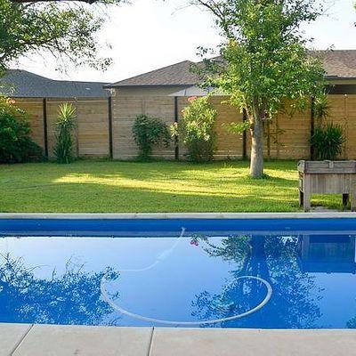 1730 Sunnybrook Dr, New Braunfels, TX 78130