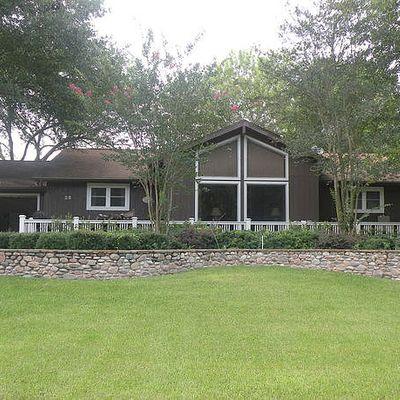 23 Lakeview Drive, Huntsville, TX 77320