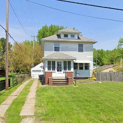 3236 Schneider Rd, Toledo, OH 43614