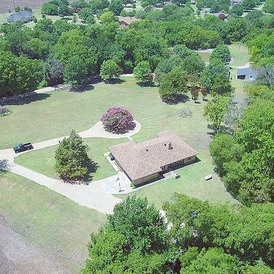 374 White Oak Road, Van Alstyne, TX 75495