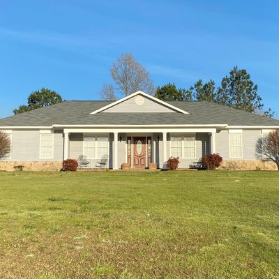 320 Valley View Gardens Cir, Moundville, AL 35474