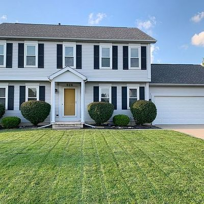 926 Orchard Dr, Rossford, OH 43460