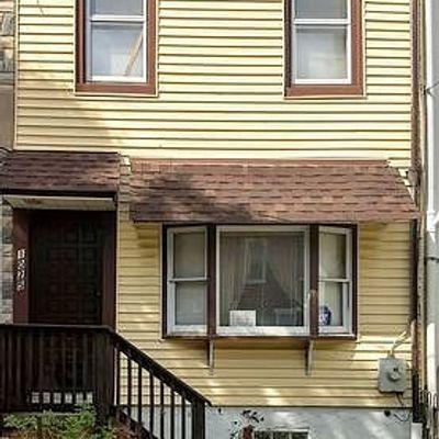 1025 N Lombard St, Wilmington, DE 19801