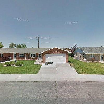 1152 Garfield St, Lander, WY 82520