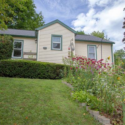 527 Fountain St, Mineral Point, WI 53565