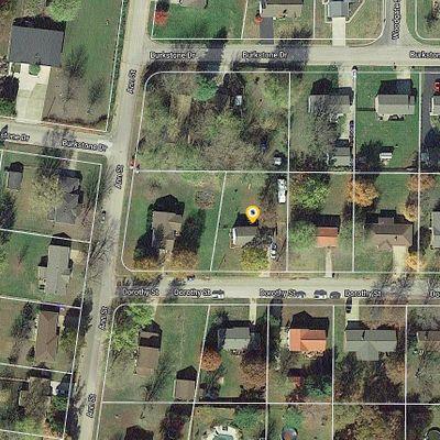 537 Dorothy St, Farmington, MO 63640