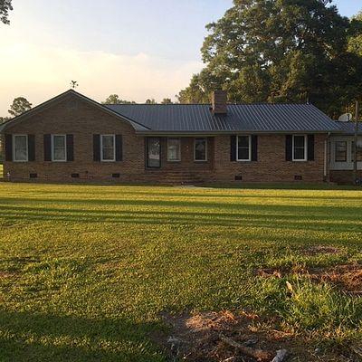 7266 Pleasant Hope Rd, Fairmont, NC 28340