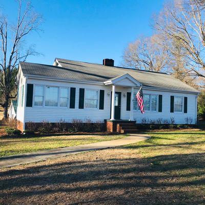 225 Hampton Rd, Lyman, SC 29365