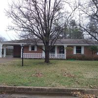 1624 Steen Dr, Clarksdale, MS 38614